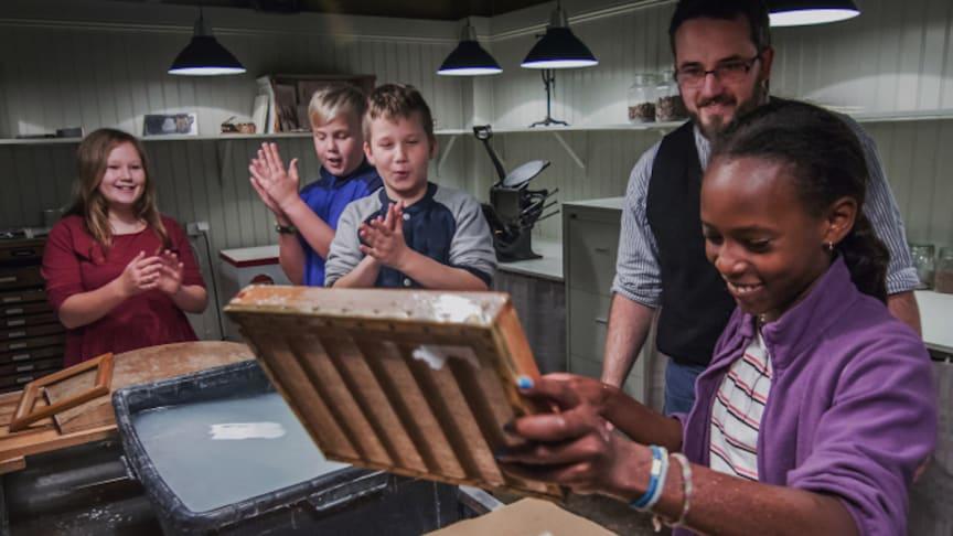 Pappersbruksmuseet i Frövifors har fått bidrag från Sparbanksstiftelsen Bergslagen för projektet PappersLab med siktet inställt på att etablera landets papperscentrum här.