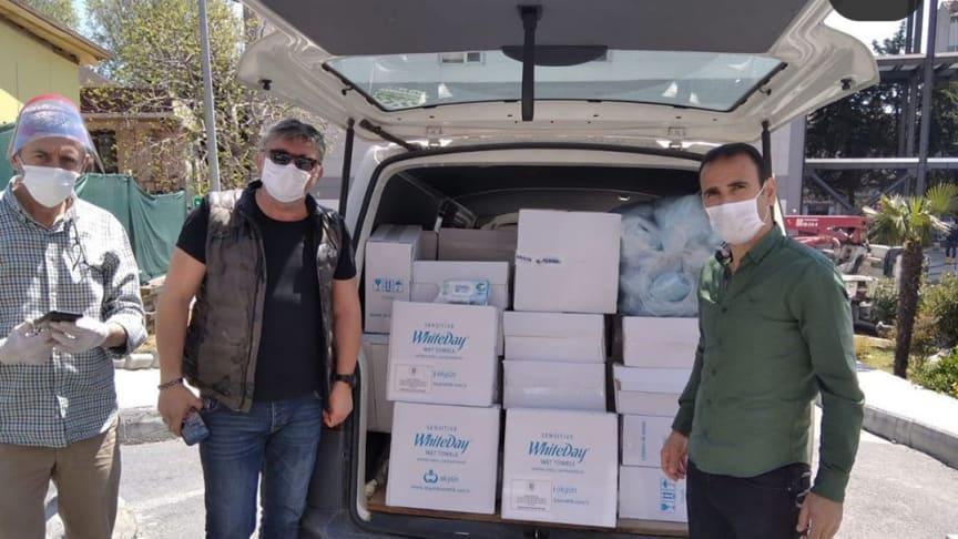 Ford-ansattes donasjonsprogram gir over 1 million dollar til COVID-19 hjelp globalt