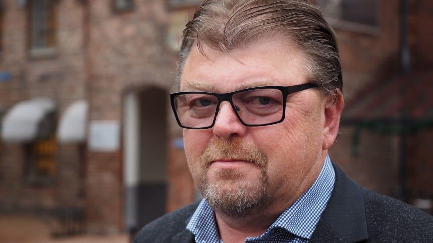 Uber er organisert piratvirksomhet, og må stoppes, sier leder Øystein Trevland i Norges Taxiforbund.