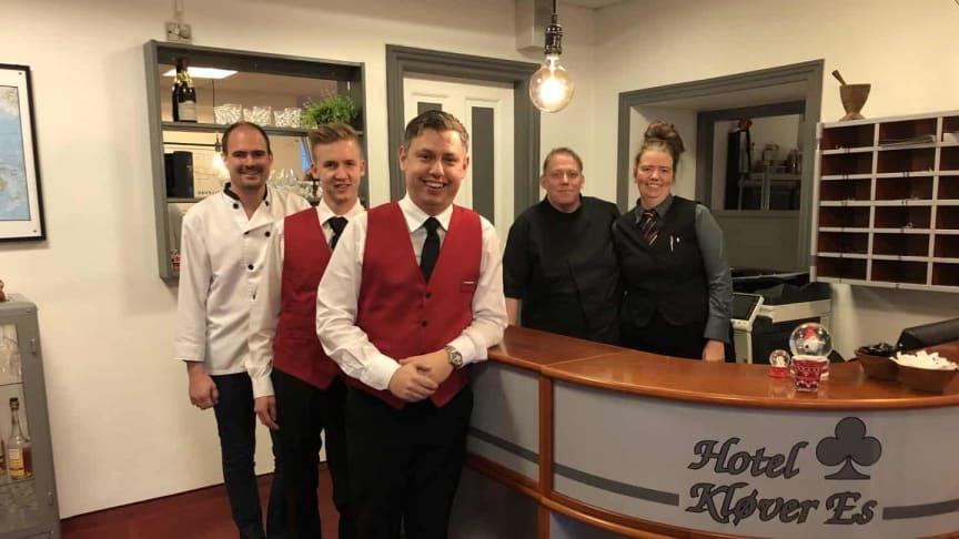 De tre nye forpagtere af Hotel Kløver Es er fra venstre Jakob Schmidt, Robin Astrup Hougaard og Mark Juulsgaard Mathiesen.