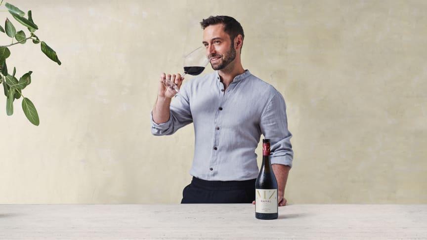 MZ Raval by Måns Zelmerlöw - Måns Zelmerlöw utökar sin vinportfölj med rött vin