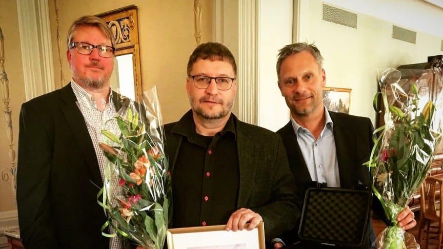 Peter Larsson och Anders Eriksson från 3Temp tog emot priset tillsammans med Björn Westin från Löfbergs.