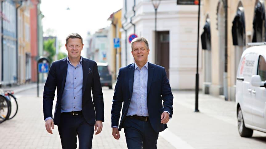 Anders Hedberg (vice vd) och Christer Eklind (vd) är mycket nöjda över årets resultat i årets bankmätning av Svenskt Kvalitetsindex.