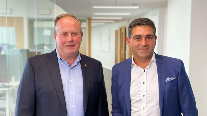 Woody Bygghandels vd Peter  Sjödahl (till vänster) tillsammans  med nya samarbetspartnern  Sam Aston, vd på Additude.