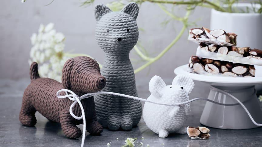 Strick oder Porzellan? Die neuen Pets Alfonso, Smokey und Elvis wirken wie von Hand gestrickt, sind aber aus feinstem Rosenthal Porzellan.