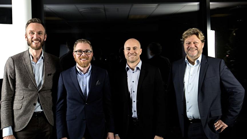 Bild: Från vänster Oskar Fahlvik, vd Optivasys, Peter Westman, COO Optivasys, Richard Börjesson, vd Visma Consulting, Carsten Boje Møller, divisionschef Visma.