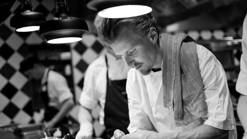 No waste and pleasure by health is our goal. Creative chef Paul Svensson and his team in action. Photo: Johan Ståhlberg
