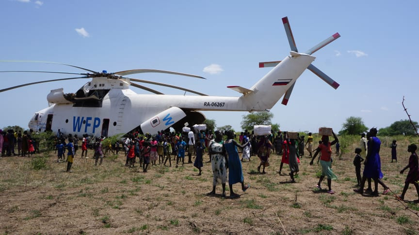 An Mi-26 helicopter delivers four tons of relief aid in South Sudan earlier this year. (All photos by Peter Martell / UNICEF)