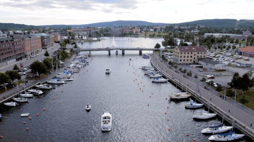 Norra inloppet till Härnösand med Skeppsbron till vänster
