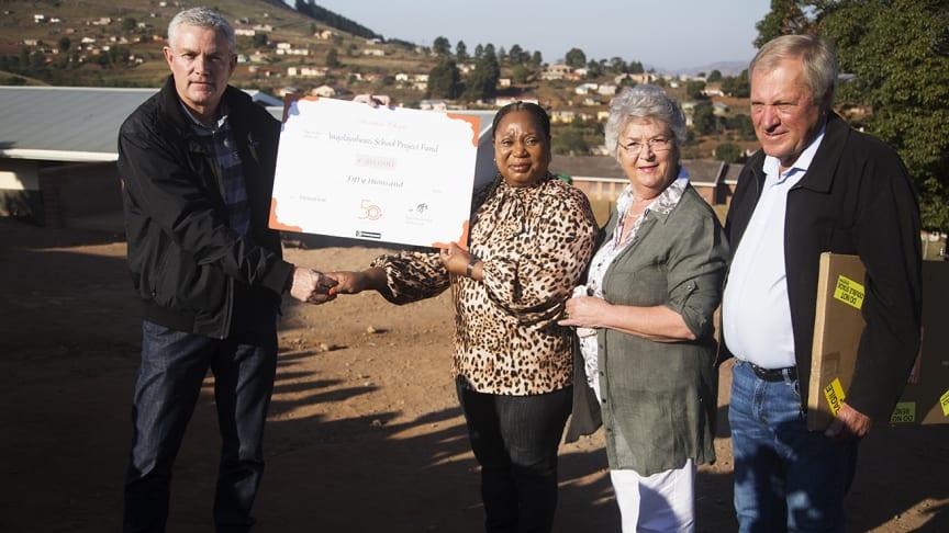 På bilden från vänster: JJ Fourie, Christabel Ngcobo, Edna Freese och Louis Freese.
