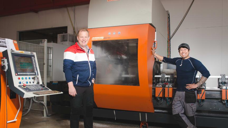 Eier og daglig leder Svein Iversbakken (t.v.) i innovasjonsbedriften IDT er glad for samarbeidet med tyske Benteler.