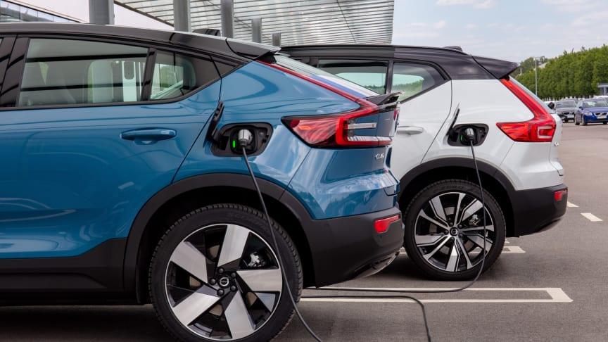 Mer Sverige och Volvo Cars i samarbete för laddning hemma och längs vägen.