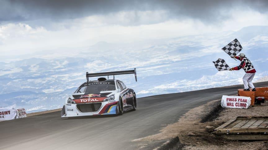 Seger för Peugeot i Pikes Peak och nytt världsrekord