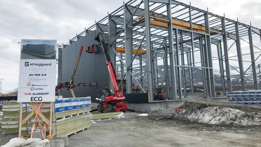 Lindab leverer sandwichpaneler til stort grønlandsk byggeri