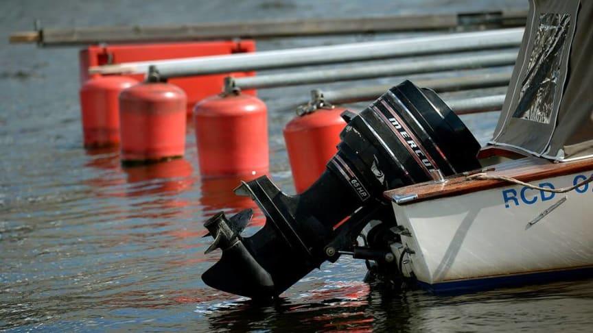 Foto: TT (https://www.svt.se/nyheter/lokalt/blekinge/stor-okning-av-batmotorstolder-1)