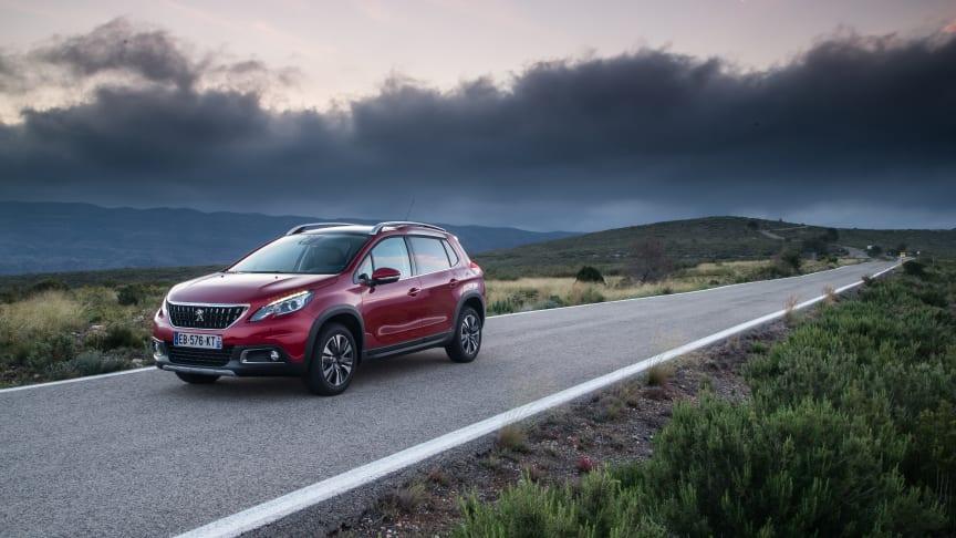 Nya Peugeot 2008 SUV, med attityd och modern design, finns på plats på Fashion Week Stockholm.