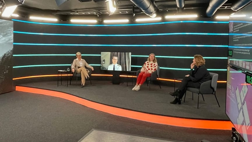 Bilde fra Oslo Streamingsenter: Maalfrid Brath, Louise Dedichen, Berit Svendsen og Hanne Bjurstrøm