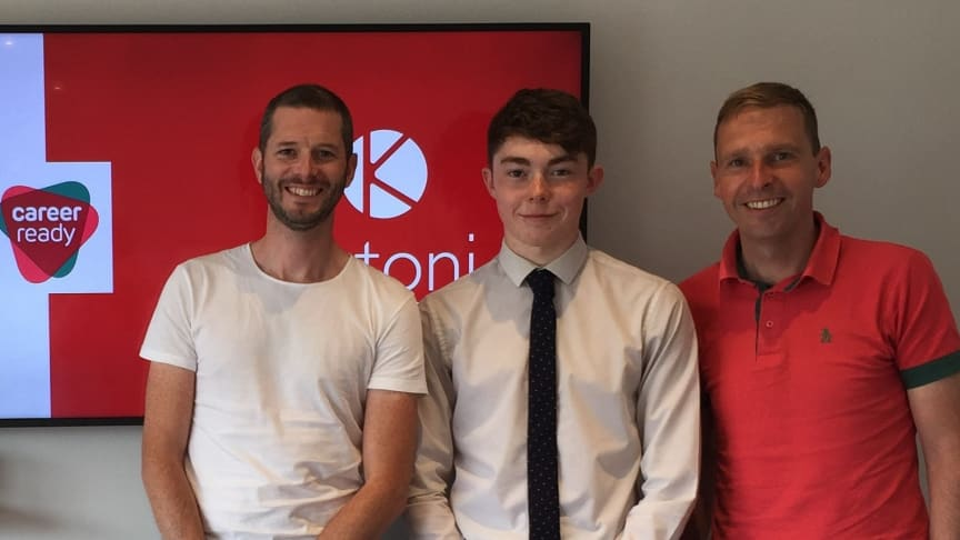 Lee Scott (centre) with his mentor Steven Dunbar (left) with a representative of engineering firm Katoni