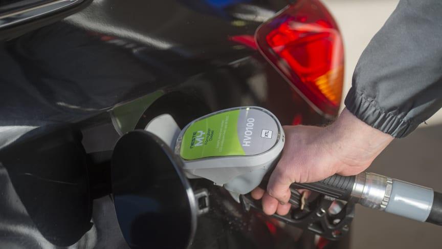 Så tankar du dieselbilen klimatsmart