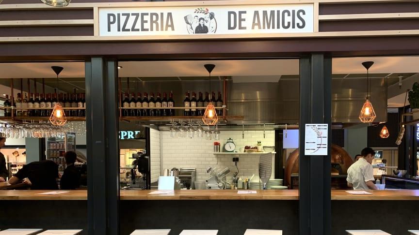 Pizzeria de Amicis i Lyngby Storcenter