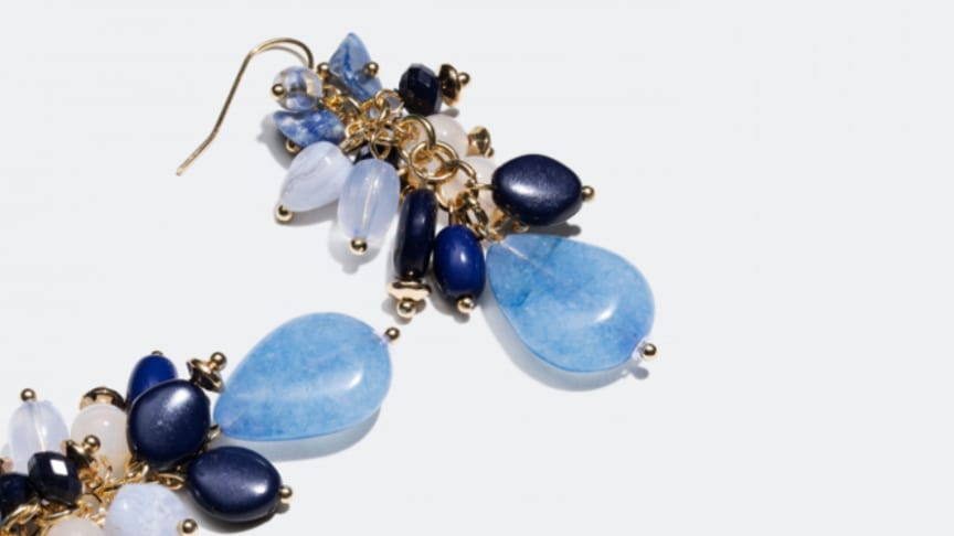 Blue stones and shades that match perfectly with your spring wardrobe - not to mention denim.