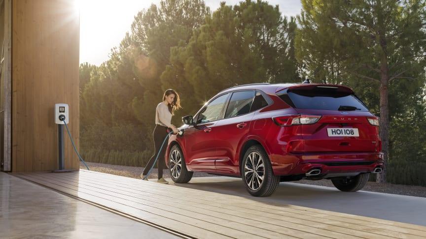 Der er indregistreret 3.456 Ford Kuga Plug-in Hybrider i første halvår af 2021.