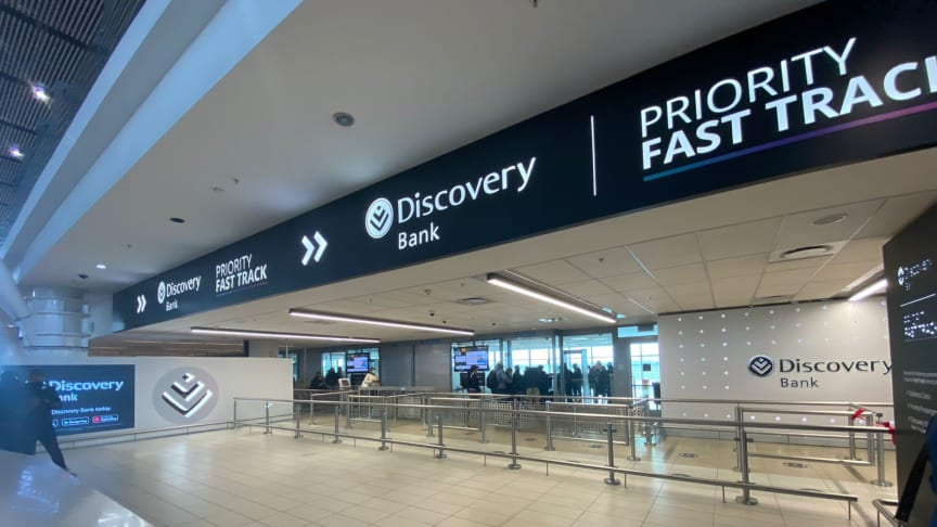 Discovery Bank Black and Purple cardholders can now enjoy faster security clearance with the Discovery Bank Priority Fast Track at OR Tambo International Airport and Cape Town International Airport domestic departure hall