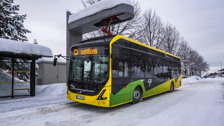 En av batteribussene som nå tas i bruk på linje 51 mellom Drammen og Mjøndalen.