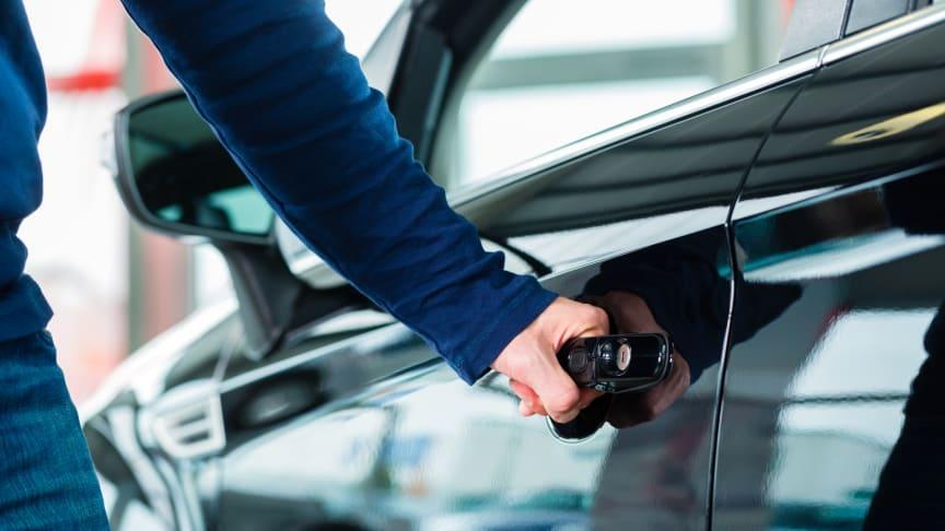 Nya bilar minskade med 6,6 procent i december