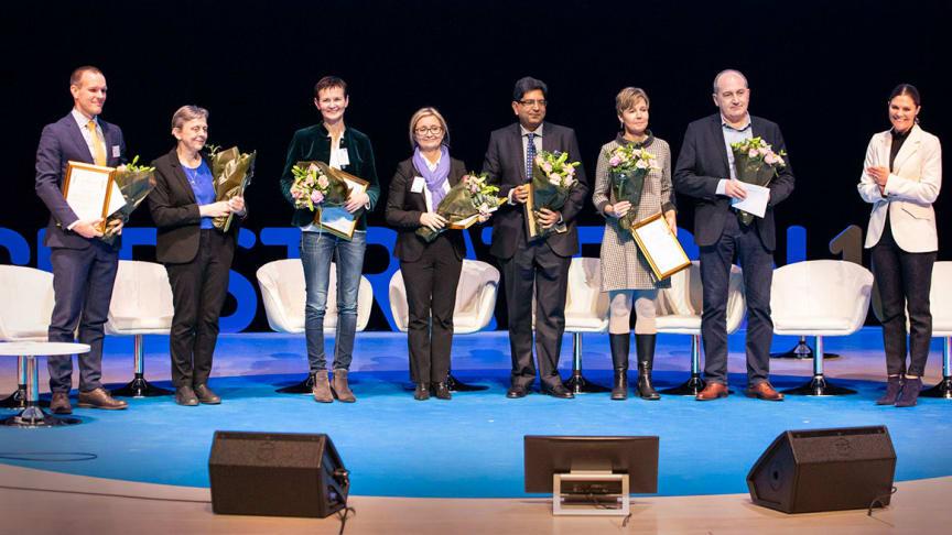 Johan Styrke,  Britt-Marie Karlson, Annika Sjövall, Pernilla Dahm-Kähler, Srinivas Uppgunduri (som tog emot Marianne Marotis utmärkelse), Maria Planck, Jaroslaw Kosieradzki och H.K.H. Kronprinsessan Victoria.