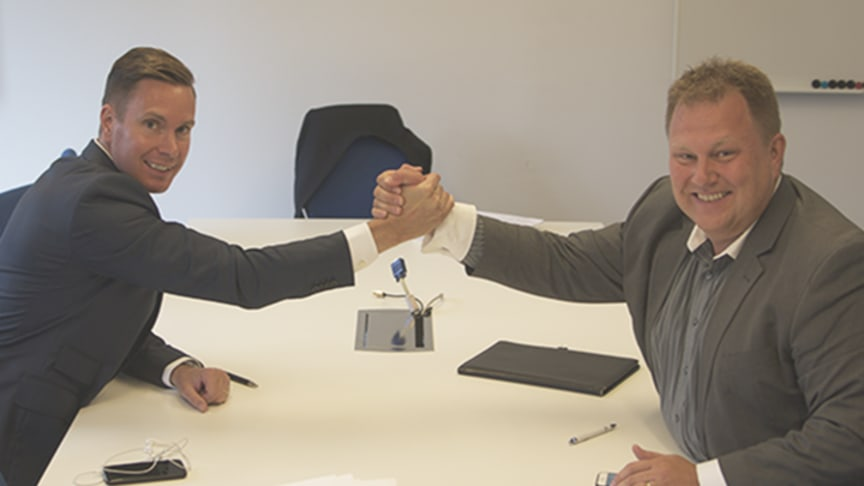 Gustaf Snöbohm, affärsområdeschef på Visma Consulting, och Jörgen Johansson, vd på nearU.