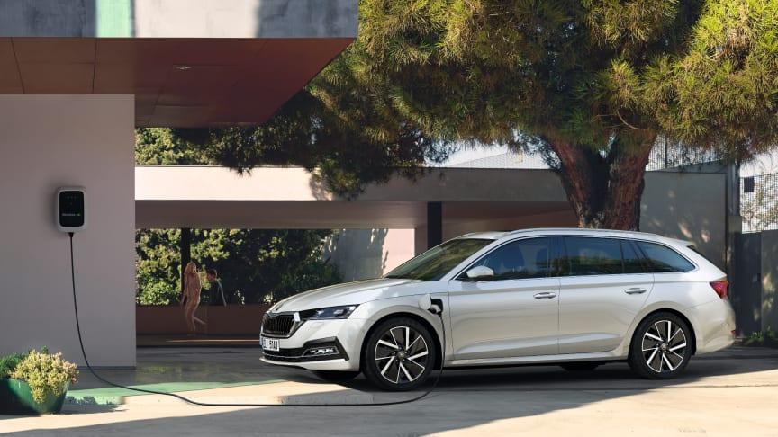 ŠKODAs nye plug-in-hybridbil koster fra 299.995 kr.