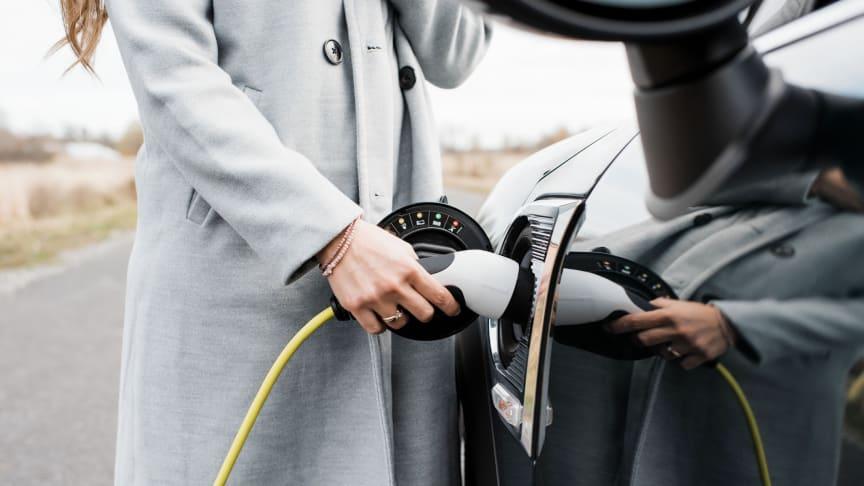 Les voitures électriques dépassent les voitures diesel sur AutoScout24