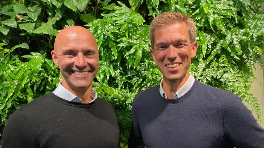 Från vänster: Erik Svensson och Hans Lundin, vd, Structor Mark Stockholm. Foto: Structor