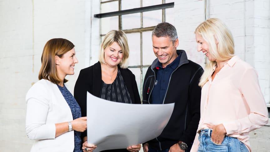 I bild är Annelie Bjerkne Gerdin, Frida Nilsson, Johan Lejonthun och Evelina Sandström som arbetar på  bolaget Mölndala Fastighets AB.