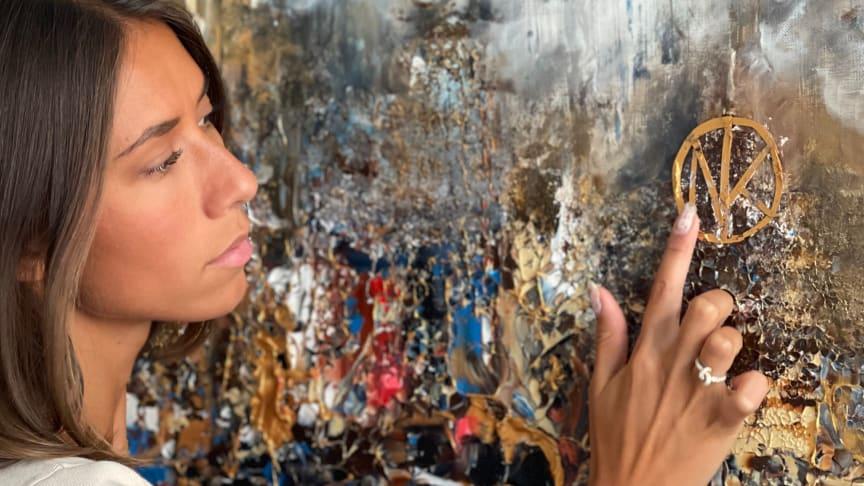 Sabina von Essen och LG i unikt samarbete: Fokus på konst och teknik i en ny utställning på NK