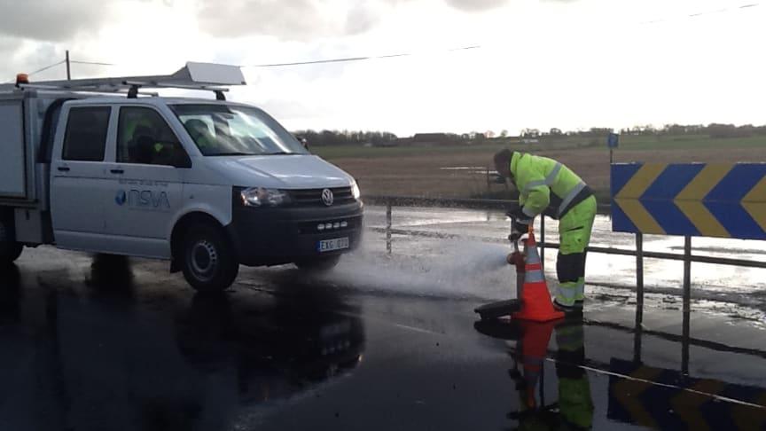 Årlig spolning av huvudvattenledningarna i Tågarp
