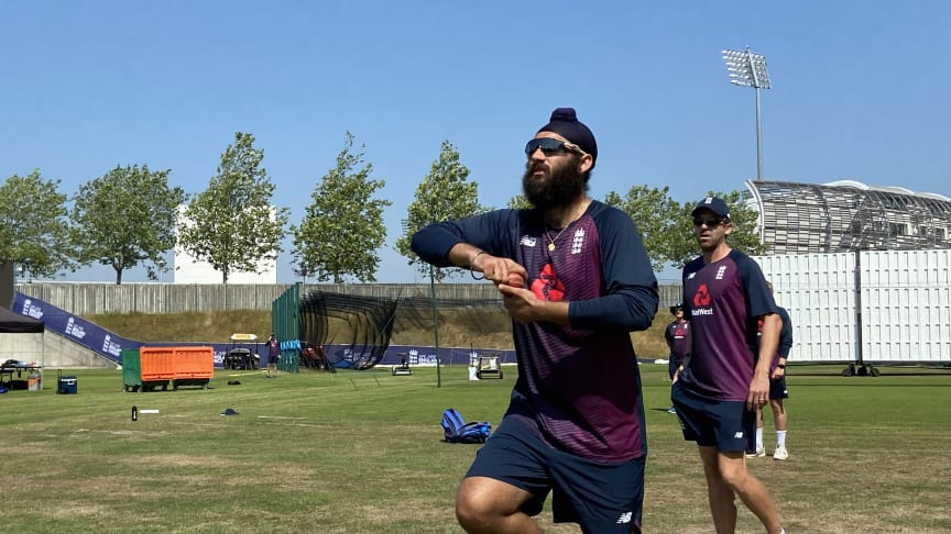 Amar Virdi in action at the Ageas Bowl during a behind-closed-doors England cricket training camp (ECB)