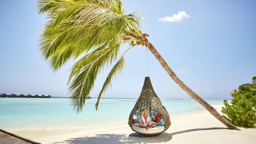 Avslappning på sköna resorten Lux Resort på Maldivernas South Ari Atoll