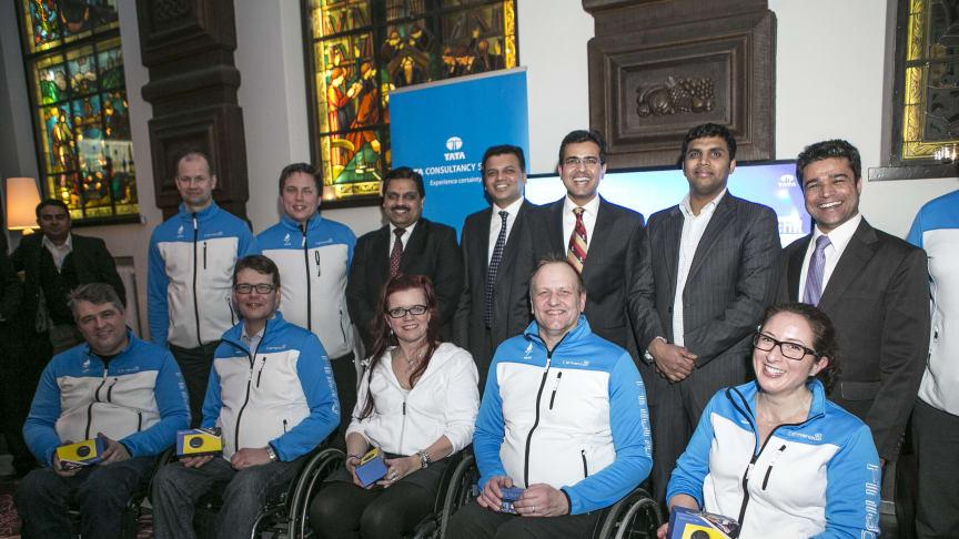 Tata Consultancy Services støtter Finlands rullestols-curlinghold i Sochi Paralympiske Vinterlege