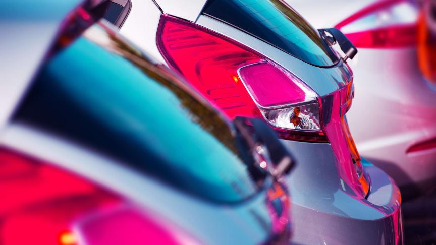 Nya bilar ökade med 2,5 procent i november