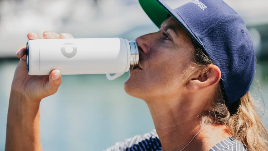 Dee Caffari, Bluewater brand ambassador and around the world alone sailing champion sportswoman, opposes single use water plastic bottles, preferring Bluewater's eco-friendly bottles made of stainless steel (Credit: Alina Raducea)
