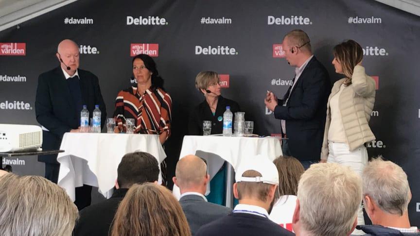 Thomas Andersson, professor vid IUET, Annika Winsth, chefekonom på Nordea, Dr. Catherine L. Mann, Global Chief Economist för Citi  och Maria Borelius, journalist och entreprenör, i paneldebatt om Sveriges konkurrenskraft i Almedalen.