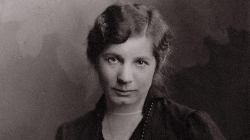 Elin Wägner (1882-1949) var en förgrundsgestalt i kampen för kvinnlig rösträtt i Sverige.