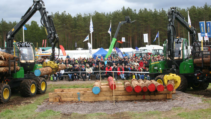 During the fair you can see the Swedish School Forwarder Championships, the Swedish Forwarder Championships and the Forwarder World Cup. Photo: Skogsentreprenörerna