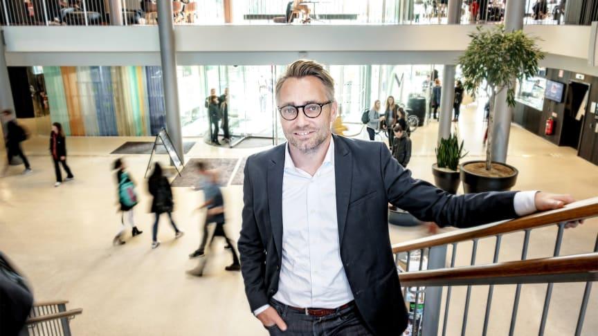 Andreas Jacobsson, dekan vid Fakulteten för teknik och samhälle är glad för de nya doktorandplatserna.