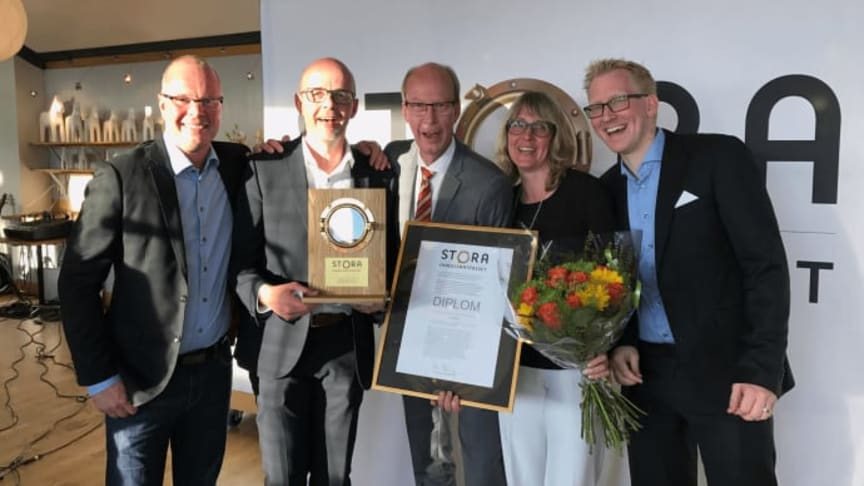 Happy faces at Lindab after the award ceremony. From left: Mats Ryd, Bengt Andersson, Ola Berg, Malin Jönsson, Magnus Jacobsson