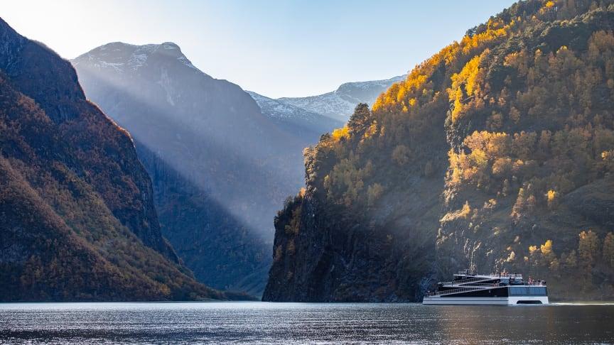I haust kan du få ein smak av både Sognefjorden og Italia på Nærøyfjorden
