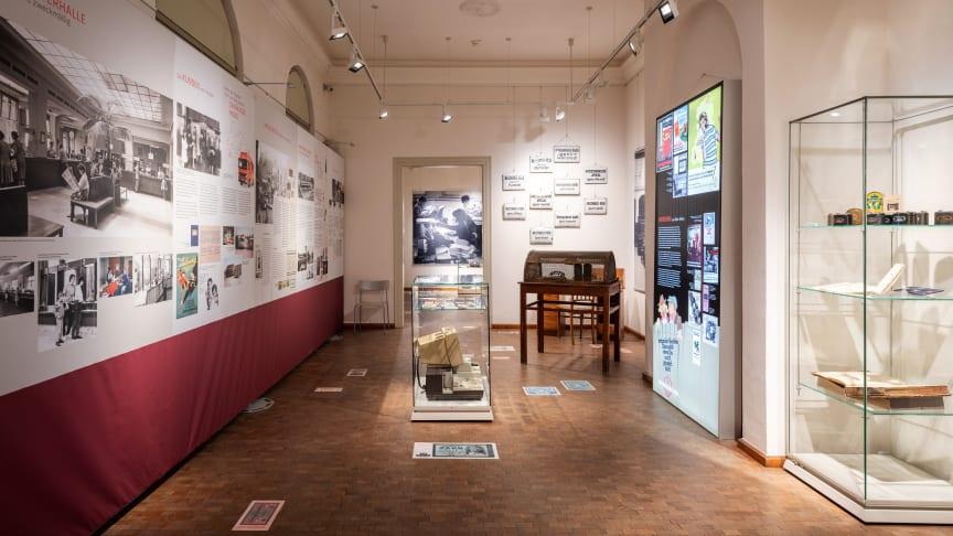"""Preview mit Ausblick auf persönliche Besuche: Die stadtgeschichtlichen Sonderausstellungen """"200 Jahre Sparkasse in Mittelthüringen"""" und """"Weimar und Russland"""""""
