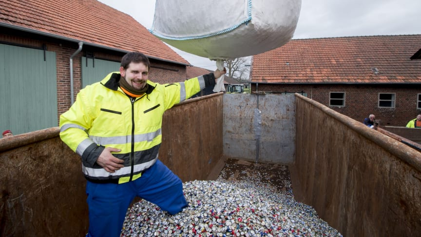 Ingo Petermeier hält den Weltrekord im Kronkorkensammeln